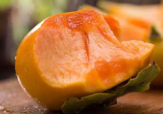 """【""""柿鲜生"""",爆脆甜!】北纬34°神奇黄金果新鲜上市啦~17.9元=3斤,24.9元=5斤山西脆柿子!又脆又甜,无须放软!不夹生涩口  清香不粘腻~"""