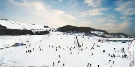 【超级性价比 滑雪者福音】399元起即可享安吉观音堂滑雪场双人门票,全天畅滑感受属于冬天的速度与激情!