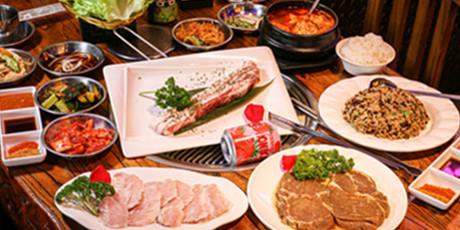 【五道口 江依林烤肉·串吧24H】108元享门市价251元双人烤肉套餐!每个菜分量满到溢出屏幕,独宠美食,是每个干饭人的守则!